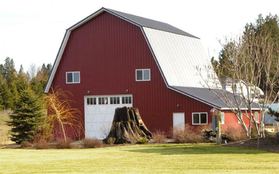 Red Barn Image #1